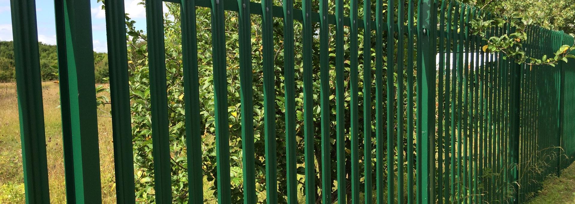 Hemel Fencing - Slider 2